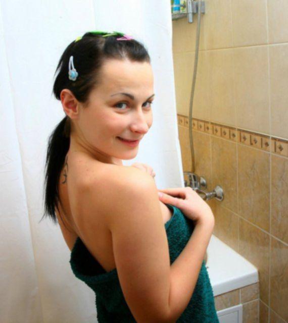 Домашний секс в ванной с русской худышкой минетчицей
