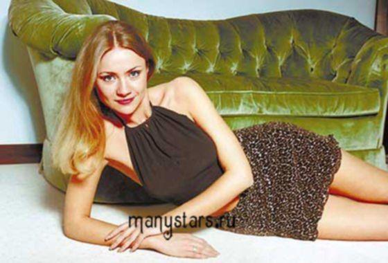 Голая русская знаменитость Мария Миронова в фото эротике